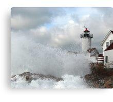 Roller hits Eastern Point - Gloucester, Massachusetts Canvas Print