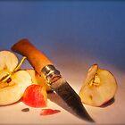 Jeu de pomme ..... by Ben Bugarach