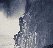 Cliffs near El Golfo, Lanzarote by physiognomic