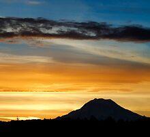 Mt Rainier Sunrise 1 by cruzj56