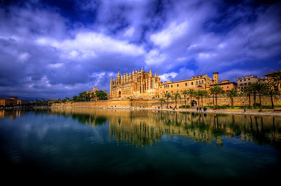 Cathedral of Santa Maria of Palma by Luke Griffin
