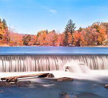 Lake Falls by Joe Jennelle