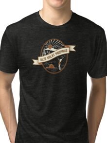 """Oregon Love!! State Motto - Alis Volat Propriis """"She Flies with Her Own Wings""""   Tri-blend T-Shirt"""