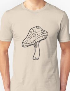 fliegenpilz poisonous toadstool white dots red forest T-Shirt