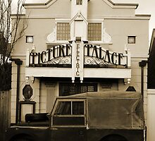 Electric picture palace Southwold  by AndyLanhamArt