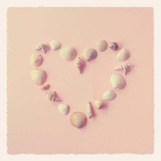 Seashell Heart by mariakallin