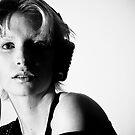 Ziggy played guitar by Anna Achmatowicz- Otok