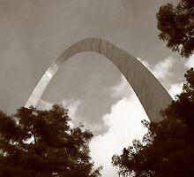 St. Louis - Gateway Arch by Frank Romeo