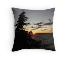 Sunset On Lake Ontario Throw Pillow