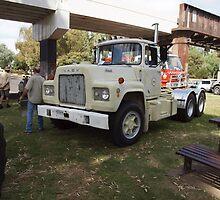 1969 Mack R685RST by Joe Hupp