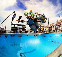 Bondi Bowlarama 2011 | Tony  Hallam | NZ by Bill Fonseca