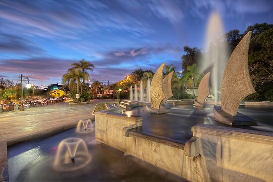 A Colourful Fountain by servalpe