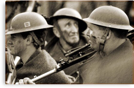 faces of war  by larry flewers