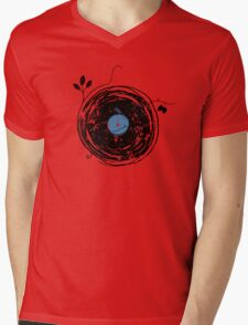 Enchanting Vinyl Record Grunge Vintage T-Shirt