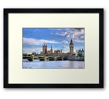 LONDON_View 111 Framed Print