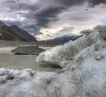 Tasman Glacial Lake by Paul Duckett