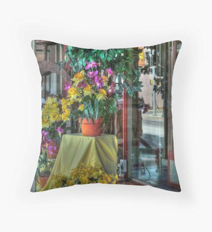 Spring Display Throw Pillow