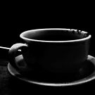 Cafe ya bebido  by Isa Rodriguez