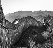 Great Wall - Beijing by Julian Fulton-Boote