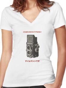 カメラ      ローライフレックス Women's Fitted V-Neck T-Shirt