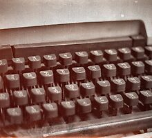 Old type writer by benbdprod