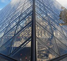 Pyramid Entrance at the Louvre, Paris by Justin Zuure