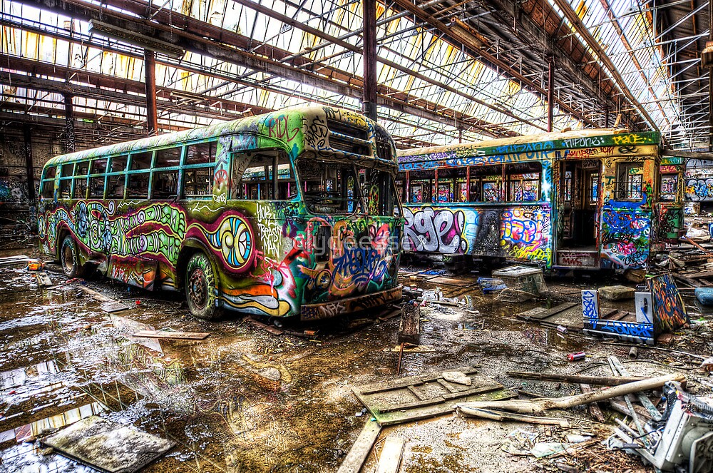 The wheels on the bus ... by clydeessex