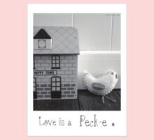 'Love is a Peck-e' second sister Baby Tee