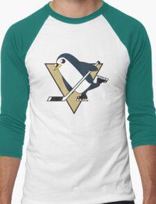 Pittsburgh Penguins x Gunther Mashup - Gunther Playing Hockey Logo Mixup Men's Baseball ¾ T-Shirt
