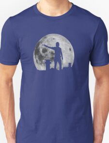 moon shoot T-Shirt
