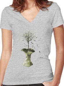 Forbidden Fruit Core - Tree-Shirt Women's Fitted V-Neck T-Shirt