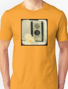 Floral Duaflex, vintage camera Unisex T-Shirt