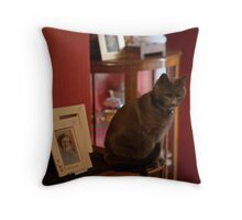 Poppy the overlord Throw Pillow