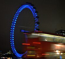 Blue Eye/Red Bus - The London Eye at Night by bwatt