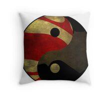 Superman vs Batman Throw Pillow