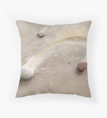 Nature's architect - beach scene Throw Pillow