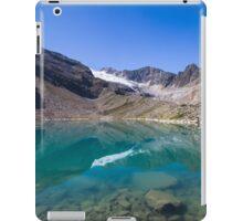Blaue Lacke (2.290m) iPad Case/Skin