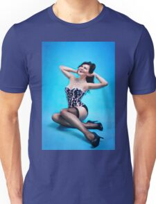 Retro Pin up Girl  Unisex T-Shirt