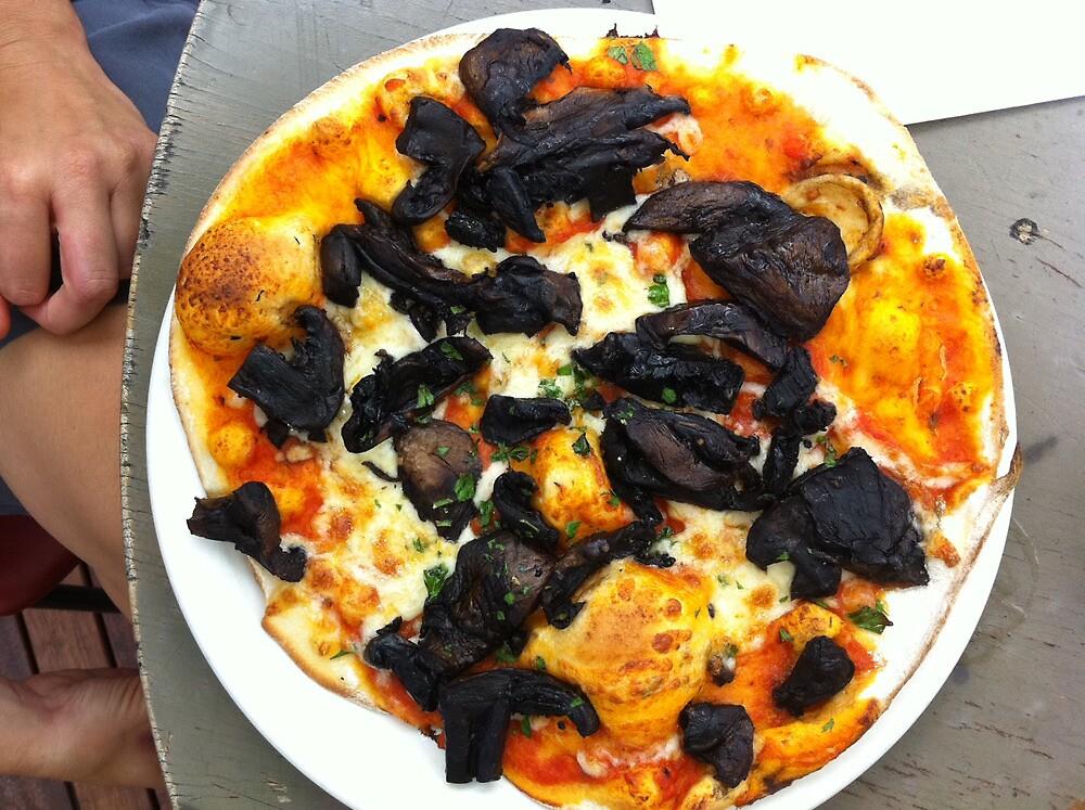 Pizza Funghi by Team Bimbo