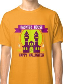 Haunted house Happy Halloween Classic T-Shirt