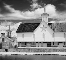 The Star Barn in Infrared by ©  Paul W. Faust