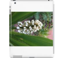 Triangle Flowers iPad Case/Skin