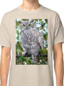 """Grey Horned Owl  """"Who Who Do I see?"""" Classic T-Shirt"""