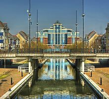 Mariners Canal,Salford Quays. by Jamie  Green