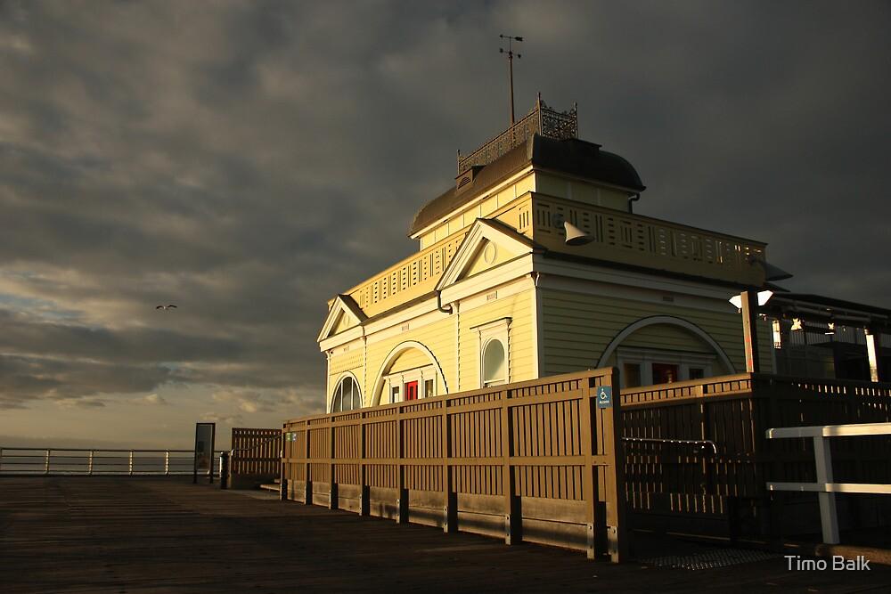 The Kiosk - St Kilda by Timo Balk