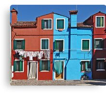 Burano-washing day Canvas Print