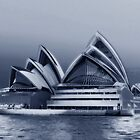 Sydney Opera House by Bluesoul Photography