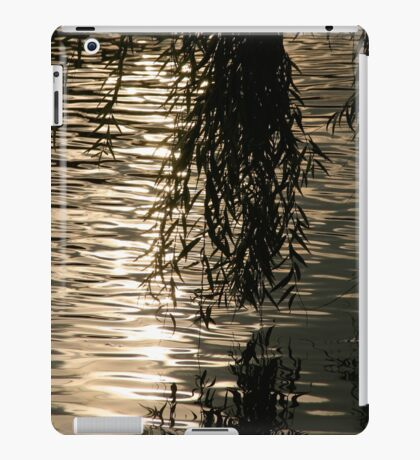 Weeping Willow Silhouette by Water iPad Case/Skin
