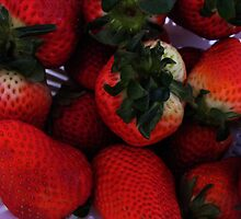 STRAWBERRIES by gracestout2007