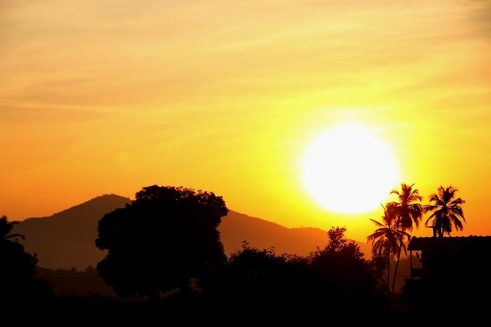 Sunrise at goa  by kavisimi